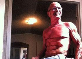 64歳 腹筋割れ